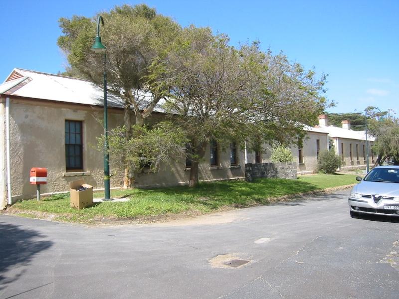 h01090 fort franklin portsea barracks 02 0903 mz