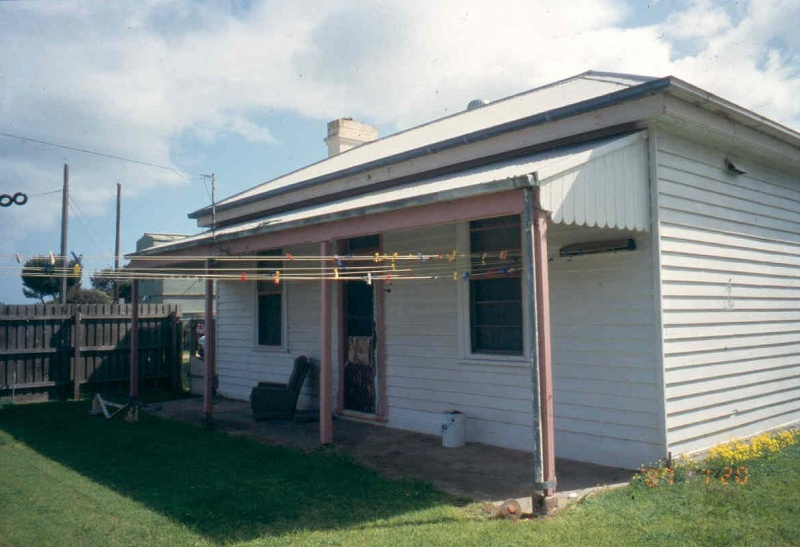 h01090 fort franklin portsea engineers cottage 01 0903 mz