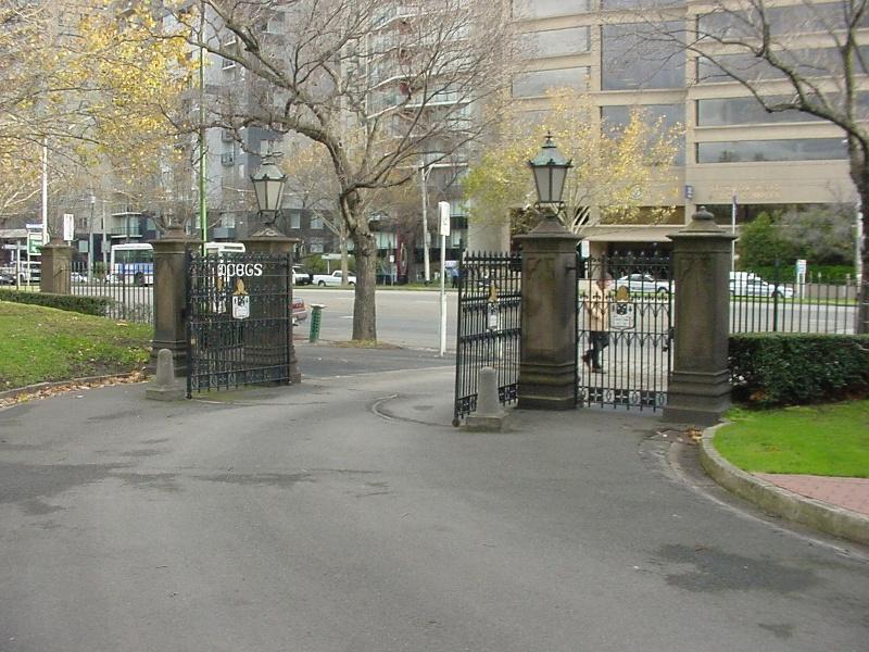 h00019 melbourne grammar school st kilda road melbourne barrett gates she project 2004