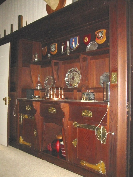 h01009 desbrowe annear house 38 the eyrie eaglemont dining room dresser feb mz