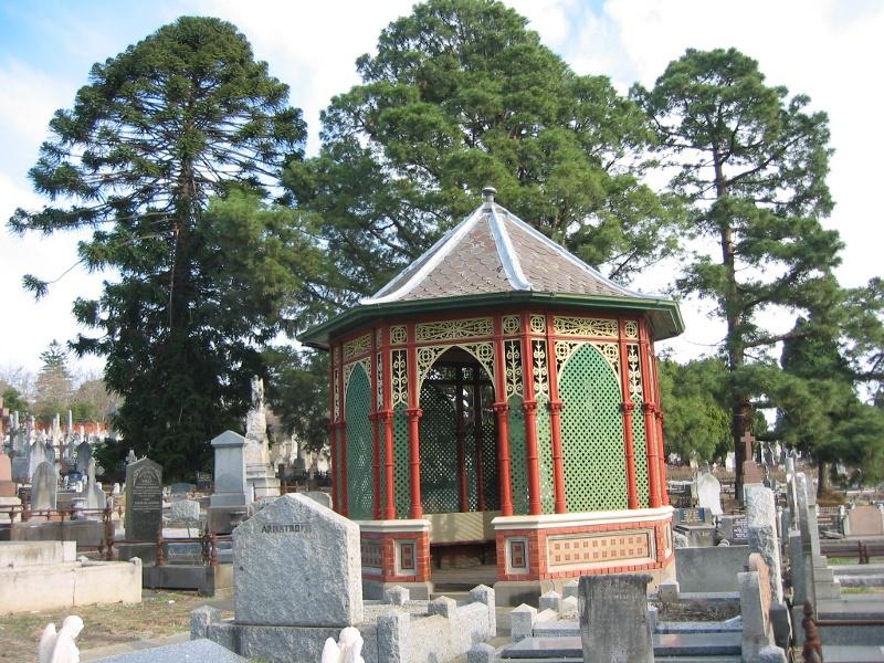 h00049 boroondara cemetery_rotunda_jh june 2005 014
