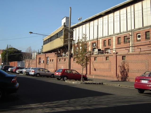 h00075 victoria park abbotsford june05 abbot street longview