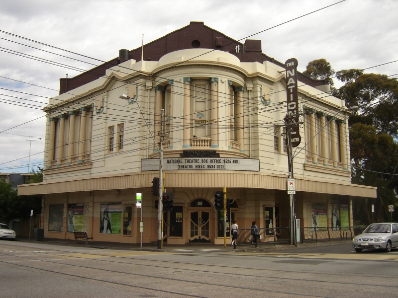 H2092 National theatre st kilda ac nov05 front