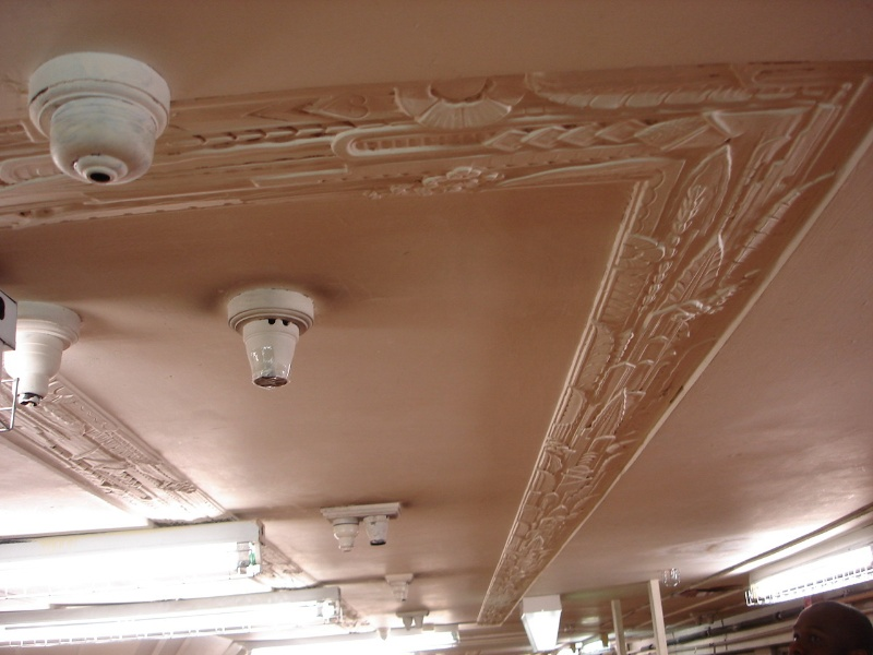 H2100 Myers Melbourne ceiling detail feb2006 jb 047