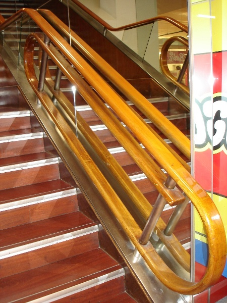 H2100 Myers Melbourne mural hall 5th floor stairs feb2006 jb 037