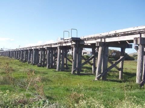 1604 Dennington Railway Bridge