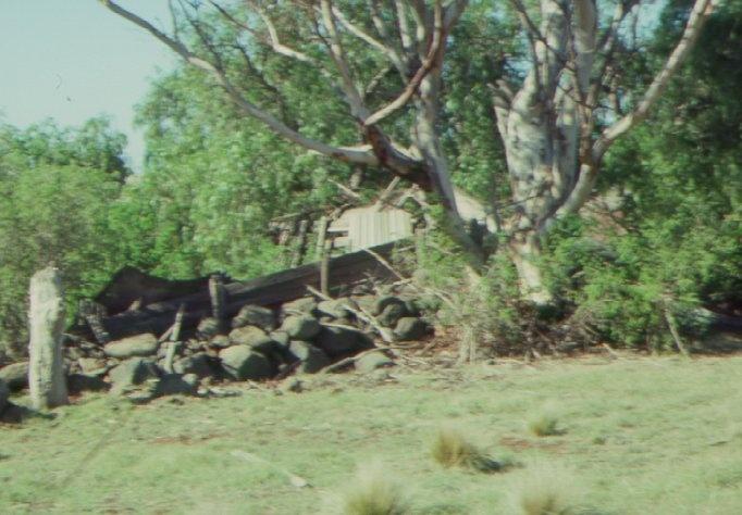 Rockbank shed ruin