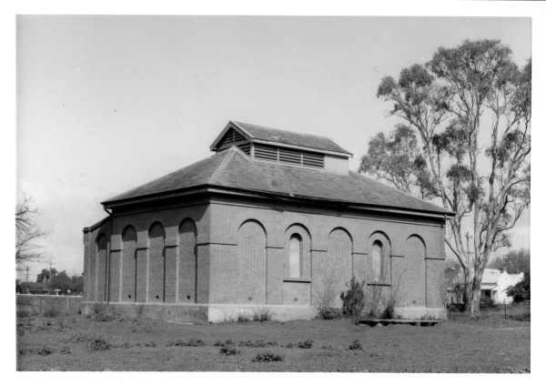 H1053 1 echuca pumping station 1964 slv