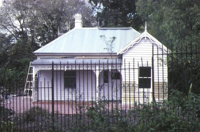 Royal Botanic Gardens Birdwood Avenue South Yarra Directors Cottage September 1981