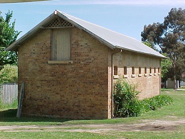 Police Stables Ford Street Beechworth November 99