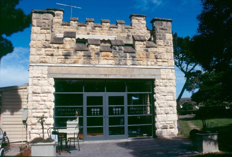 Delgany Portsea Garage September 2003