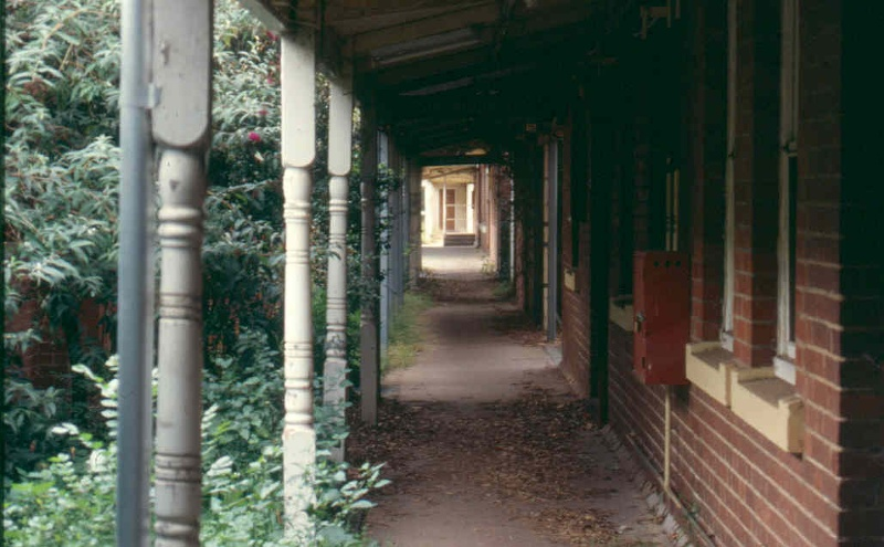 Royal Park Hospital Verandah April 2002