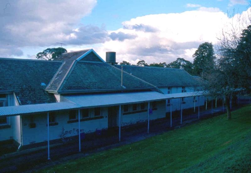 Kew Cottages Building 9 July 2004
