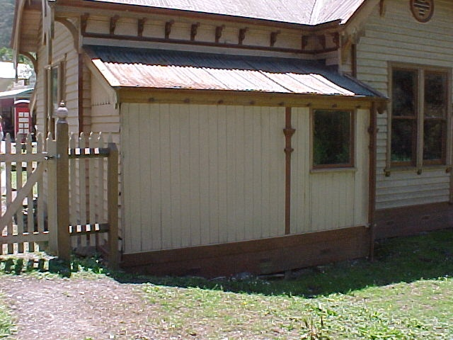 Walhalla Post Office Exterior March 2003