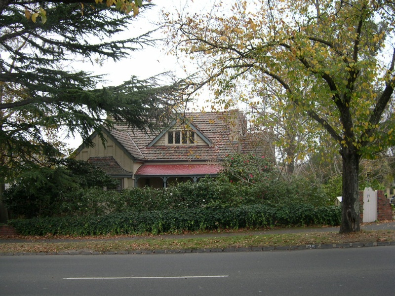 Balwyn Road Residential Heritage Study Review 2006