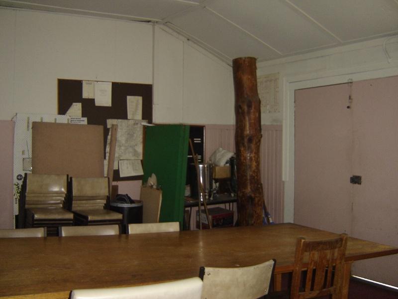 H1343 Interior of kitchen extension. Dec 2006.