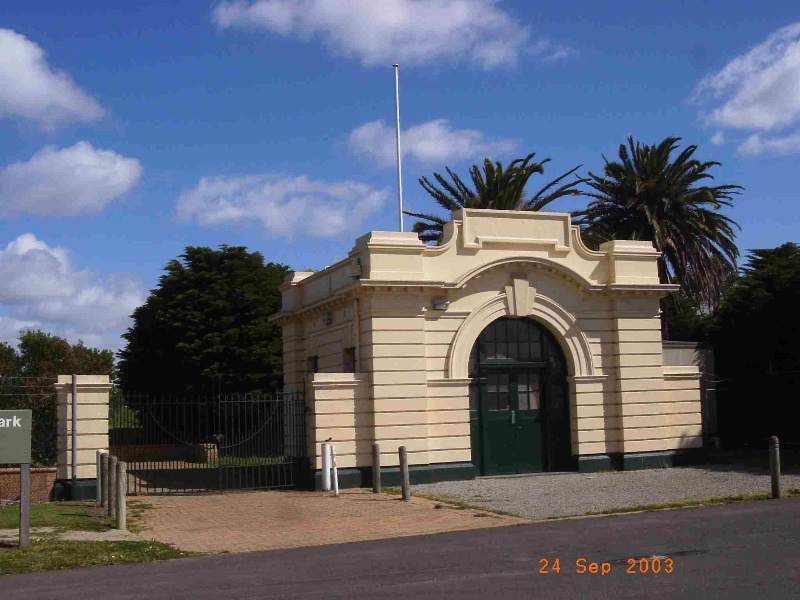 Newport A & B Power Station Gatehouse (former) and Canary Island Palms, Hobsons Bay Heritage Study 2006