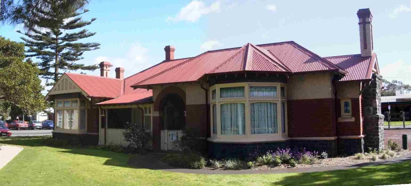 House at 128-155 Queen Street ALTONA, Hobsons Bay Heritage Study 2006