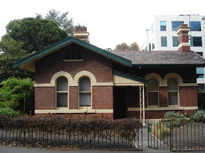 fawkner park caretakers cottage2 apr07 jmb