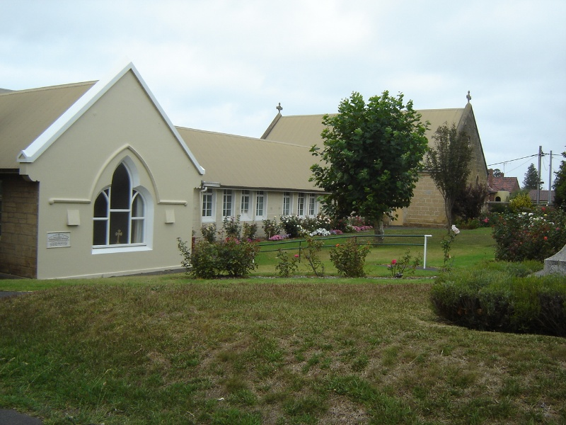 H0387 Christ church warrnambool feb07 ac hall sunday school exterior