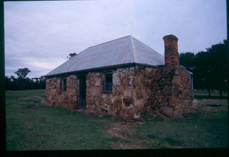 H0305 Tottington Homestead stone cottage