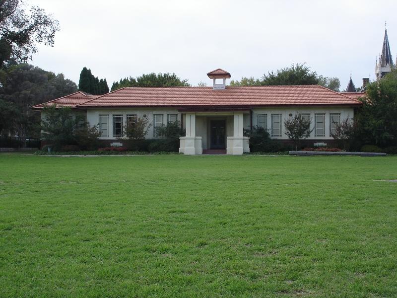 1928 school front facade