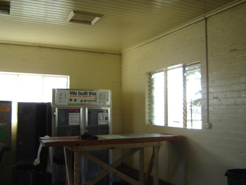 poplar oval pavilion interior jun07 jmb