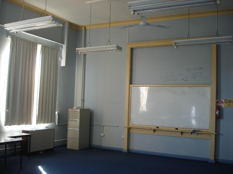 Maryborough Tech school classroom KJ 26 July 07