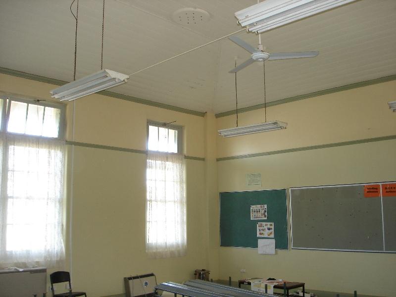 High School Maryborough classroom_KJ_ 26 Jul 07