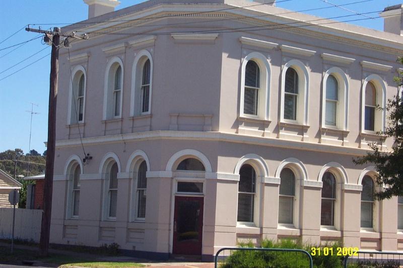 23060 Bank of Victoria Former Coleraine 0425