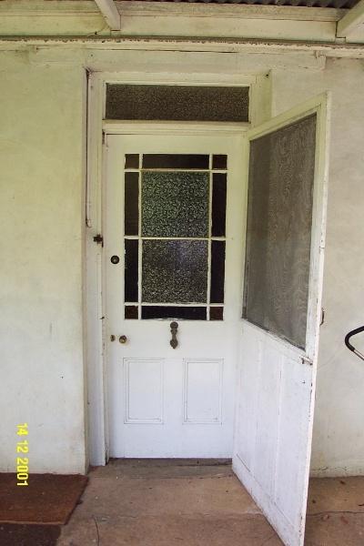 23189 Brisbane Hill back door 0298