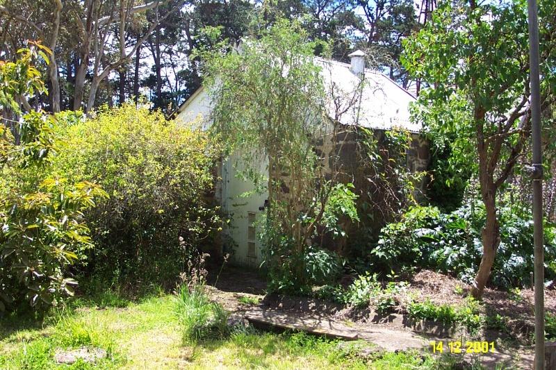 23189 Brisbane Hill outbuilding 0299