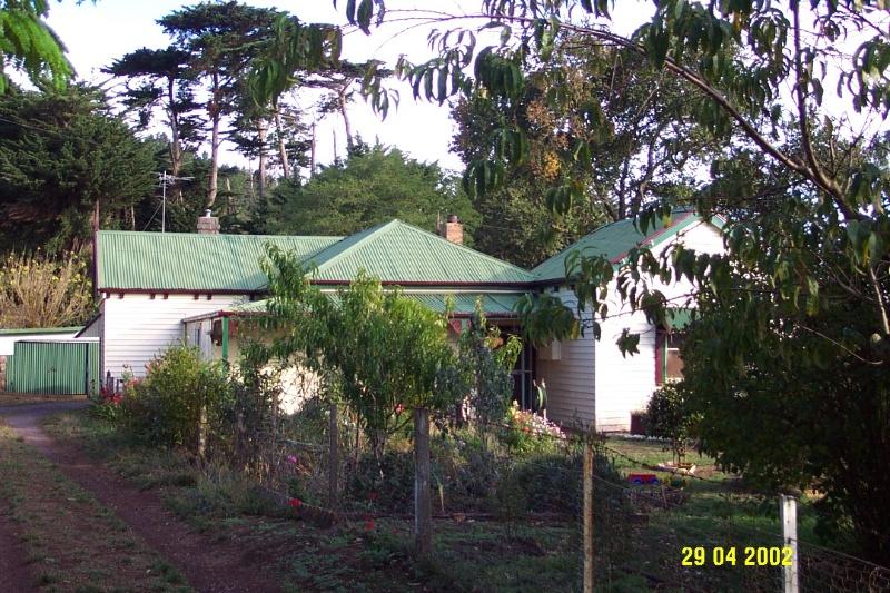 23362 Dr Dickinson s Residence Former 37 Cobb St Penshurst 0866