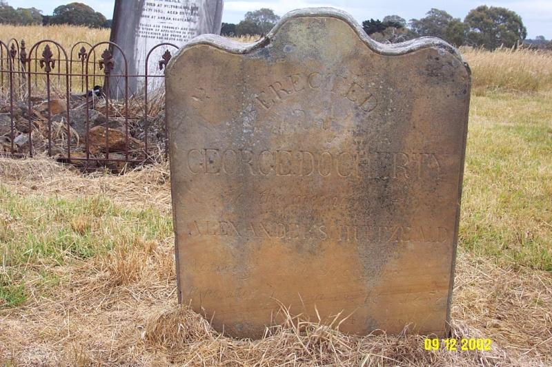 23473 Dunkeld Cemetery Old Docherty 2256