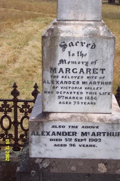 23473 Dunkeld Cemetery Old McArthur 2255
