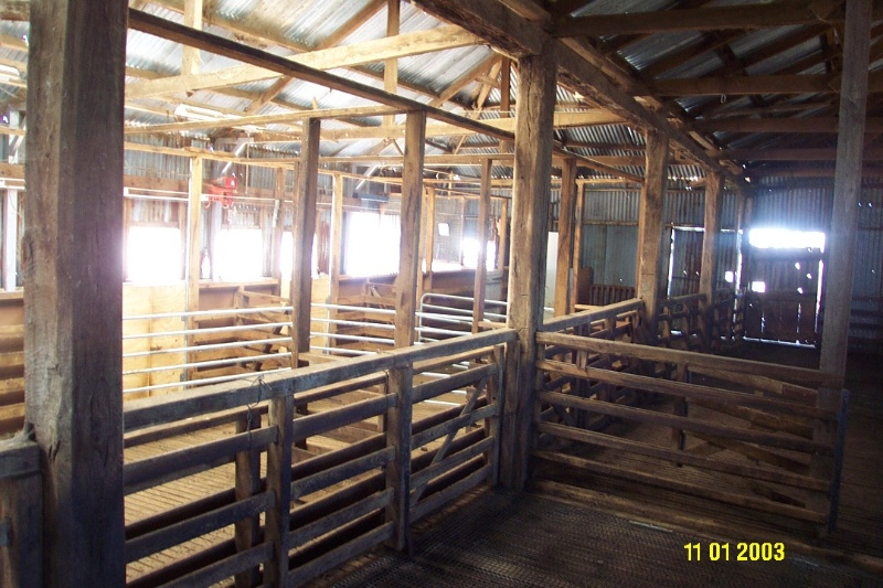 23424 Englefield Balmoral former woolshed 2320
