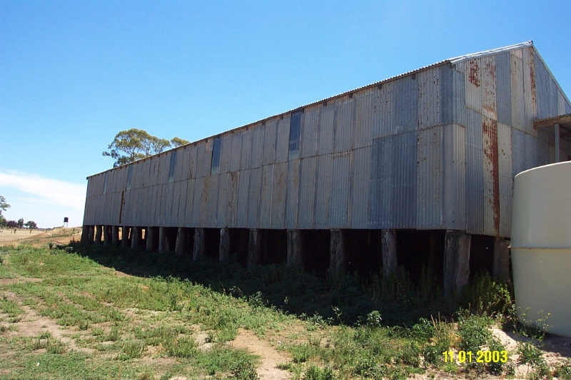 23424 Englefield Balmoral former woolshed 2325