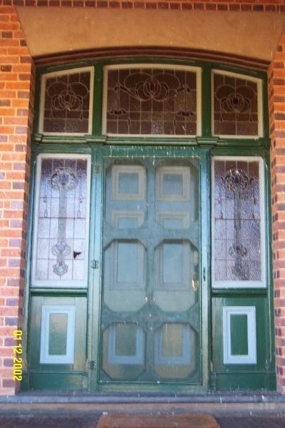 23434 Glendinning Homestead Balmoral front door 2134