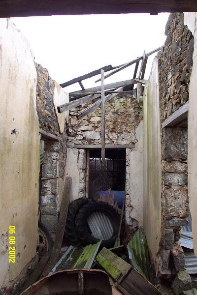 23113 Hilgay Coleraine front hall 1246