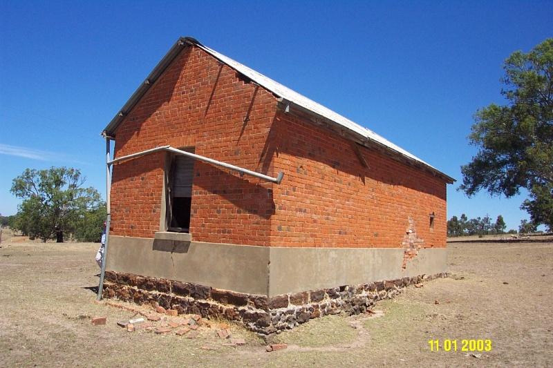 H0361 Kongbool Balmoral brick store 2371