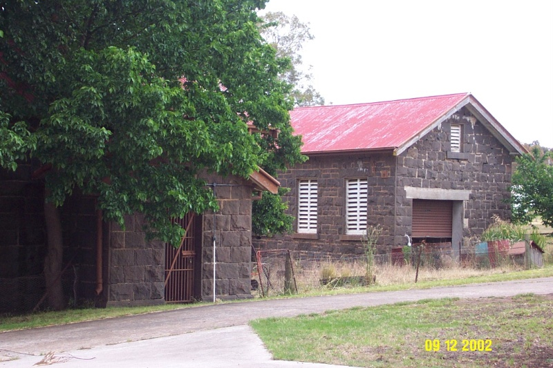 H1535 Lock up Stables WC Dunkeld 2289