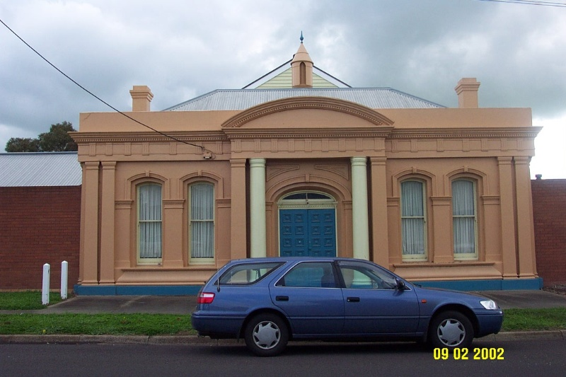 23052 Mechanics Institute Winter Pilleau St Coleraine 1495