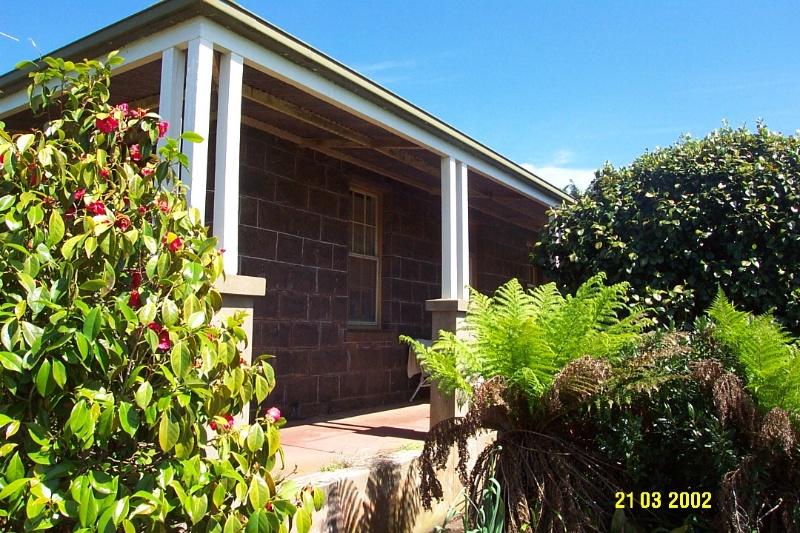 23644 Mirtschin Homestead complex verandah 1852