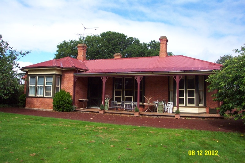 23129 Mount Napier Homestead Gazette front 2218