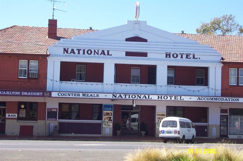 23093 National Hotel Coleraine 0419