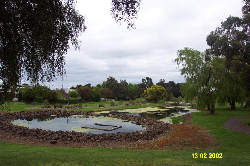 23160 Botanic Gardens Penshurst 1550