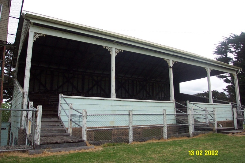 23379 Grandstand Racecourse Penshurst 1542