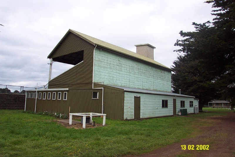 23379 Grandstand Racecourse Penshurst 1548