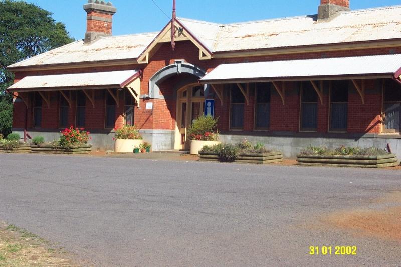 23066 Railway Station Coleraine 0455