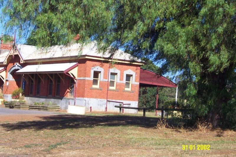 23066 Railway Station Coleraine 0456